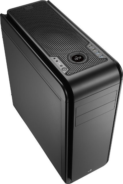 Aerocool DS 200 Mid Tower PC Case Unleashed – See Features, Specs and Price