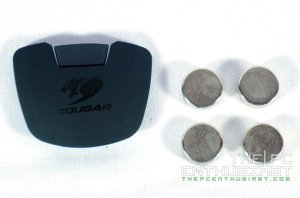 Cougar 700M Gaming Mouse Review-11