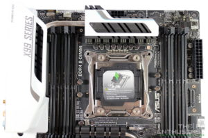 Asus X99 Deluxe Motherboard Review-14