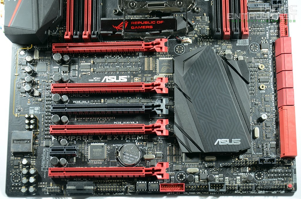 Asus Maximus Rampage V Extreme Review-11