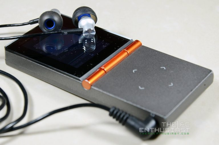 HIFIMAN HM-700 Portable Music Player with RE-400B Balanced In-Ear Phones Review